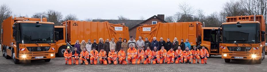 Fuhrpark und Mitarbeiter der Abfallwirtschaft Kreis Plön